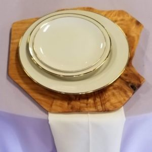 wood-tree-bark-charger-table-plate-rental-texas